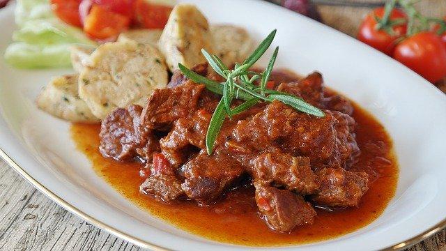 goulash-carne-cucina-mitteleuropea