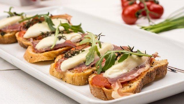 tostada-spagnola-pomodoro-pane