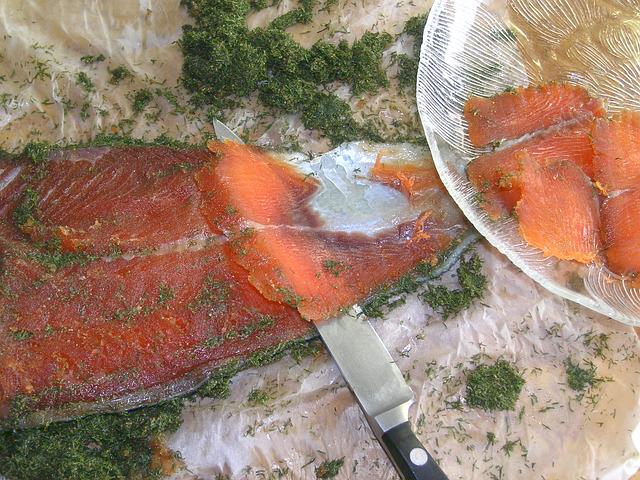 salmone-gravlax